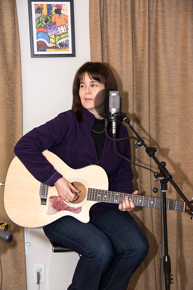Palette Records Recording Artist, Debra Lyn